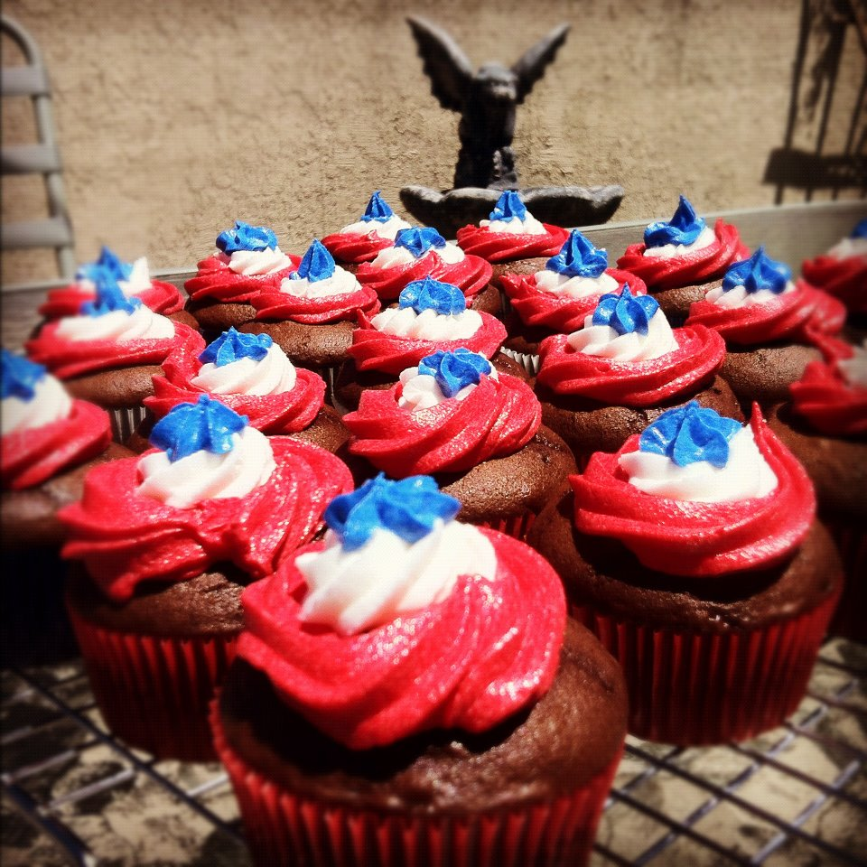 Red, White & Blue chocolate cupcakes