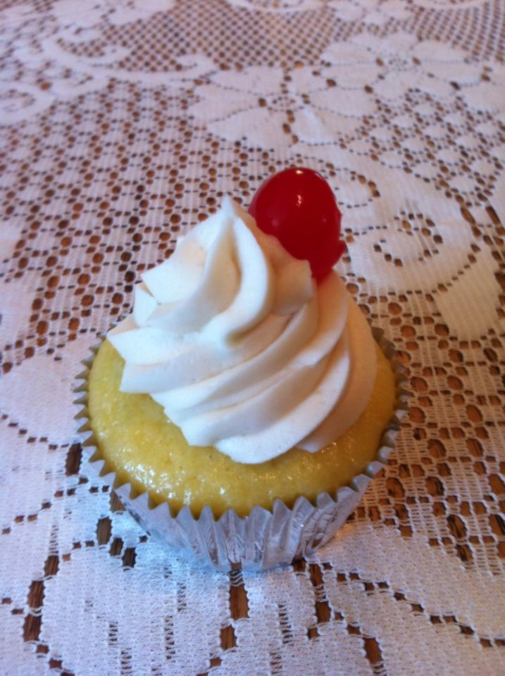 Pineapple inside out cupcake