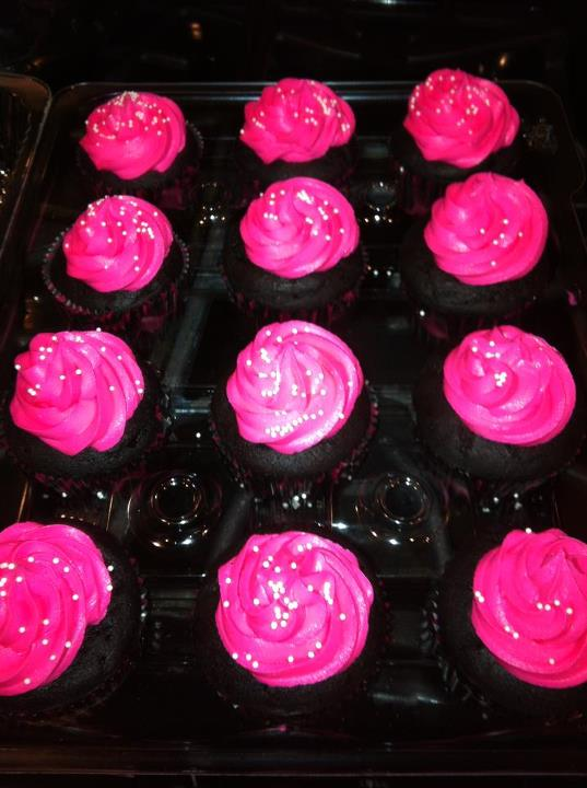 Chocolate cupcake raspberry buttercream
